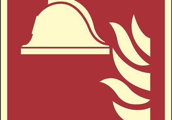 (attrezzature antincendio – collection of firefighting equipment)  luminescente