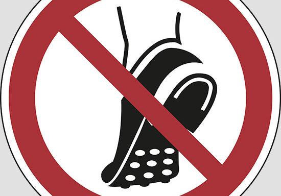 (do not wear metal-studded footwear)