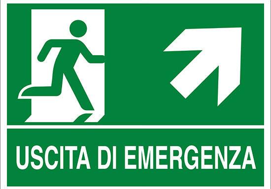 USCITA DI EMERGENZA (scala in alto a destra)