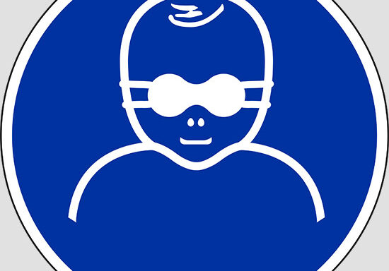 (protect infants' eyes with opaque eye protection)