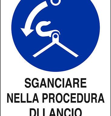 SGANCIARE NELLA PROCEDURA DI LANCIO IN MARE