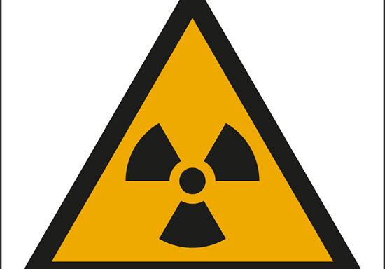 (pericolo materiale radioattivo e radiazioni ionizzanti – warning: radioactive material or ionizing radiation)