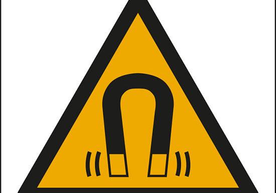 (pericolo campo magnetico – warning: magnetic field)