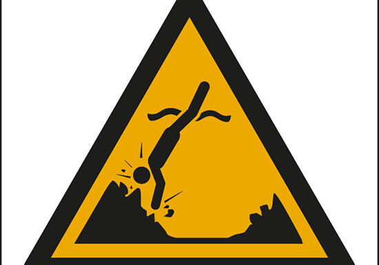 (attenzione; oggetti sommersi – warning; submerged objects)