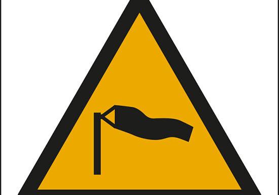(attenzione; venti forti – warning; strong winds)
